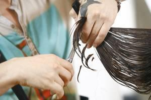 hair stylists and domestic violence signs, Naperville family law attorney