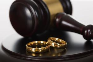 Prepare and Protect Yourself During a Divorce